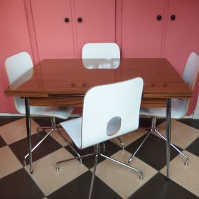 set-extendable-table-chrome-formica-woodprint-vintage-60s-70s-chairs-chrome-plywood-laminated-plastic