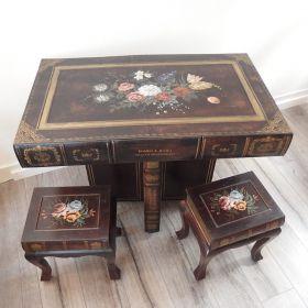 tafel-stoelen-boek-hout-leer-vintage